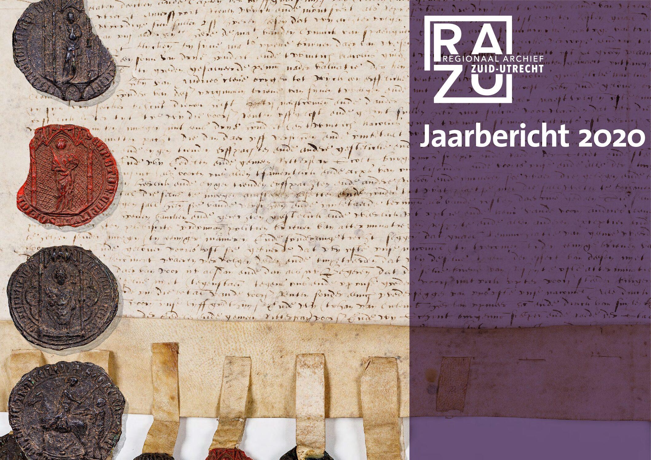 De voorpagina van het Jaarbericht 2020, met daarop een deel van de tekst en vier zegels van een charter uit 1557 in het Weeskamerarchief Wijk bij Duurstede